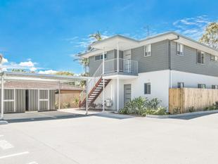 MODERN, BRIGHT & BREEZY FIRST FLOOR UNIT - Alexandra Hills