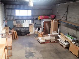 Warehouse With Fully Fitted Office - Brendale
