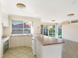 Dual living for the extended family in a great location! - Sunnybank Hills