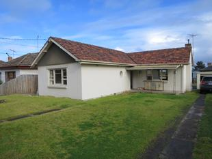Freshly updated and spacious home - Oakleigh East