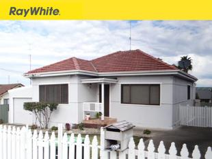 "Charming Family Home with ""Picket Fence"" - Warrawong"