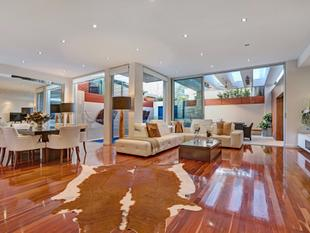 As new! Torrens Title Luxurious city-fringe Town home is resort style living at its finest. - Norwood