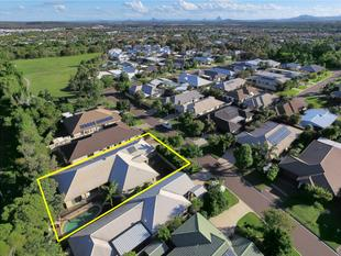 Dual Living Opportunity with Pool - Caloundra West