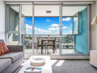 LOCK AND LEAVE - LOW MAINTENANCE LIVING IN THE CBD!! - Adelaide