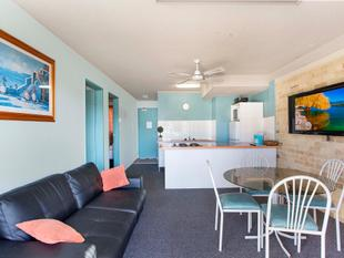 Coastal Holiday Pad or Investment Opportunity - Long Jetty