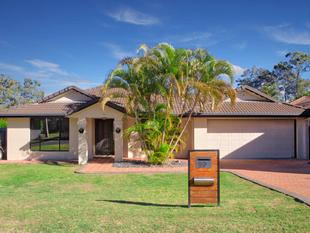 Fantastic Family-Friendly Home on 701 sqm - Forest Lake