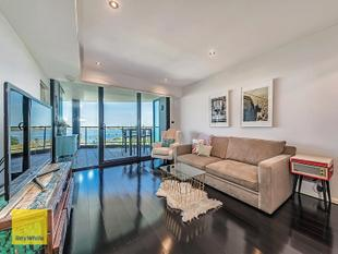 Style, Sophistication and Stunning River Views - East Perth