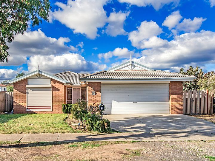 3 Whitfield Court, Truganina, VIC