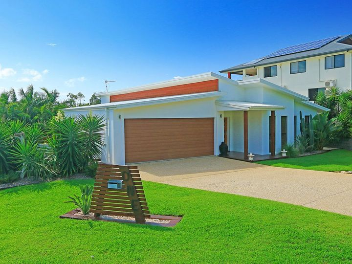 1 Solomon Crescent, Pacific Heights, QLD
