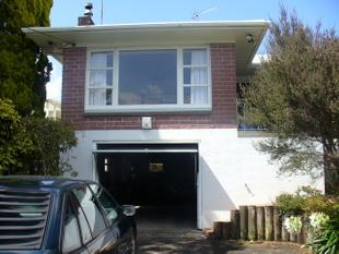 Central Family Home - Pukekohe