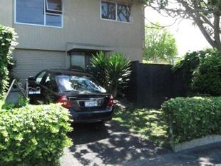 3 Bedroom and 1 Bathroom in Remuera - Remuera