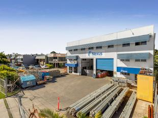 A- grade facility with 8.5 metre high warehouse - Underwood