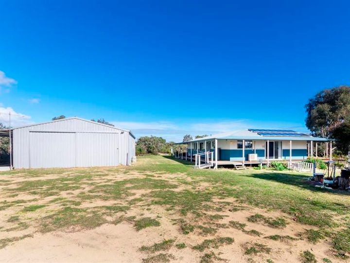 94 WILDFLOWER Way, Karakin, WA