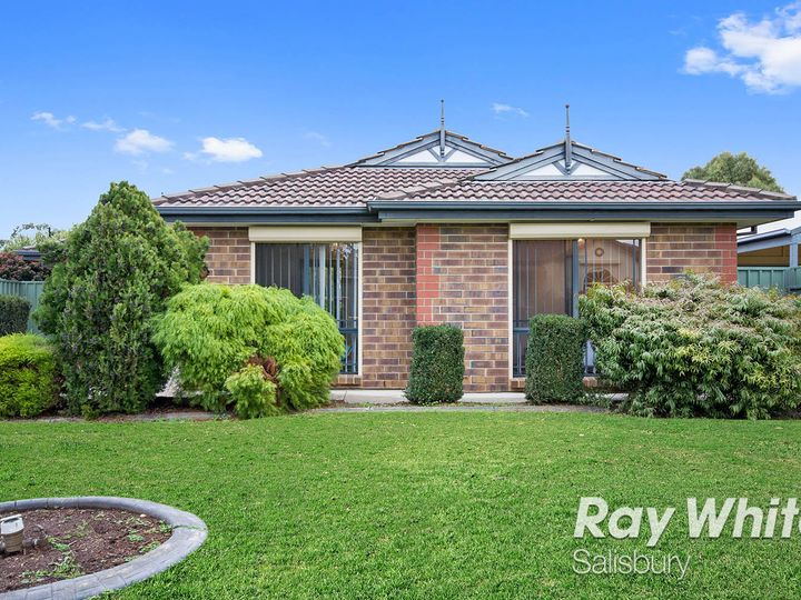 18 Maplewood Drive, Blakeview, SA