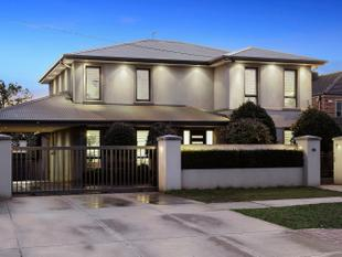 City Views in Beverley Hills - Doncaster East