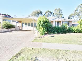Spacious Family Home - Air Con - Solar - Pets - Underwood