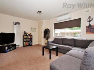 PERFECT LOCATION! - Croydon