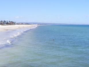 CLOSE TO THE BEACH - Henley Beach