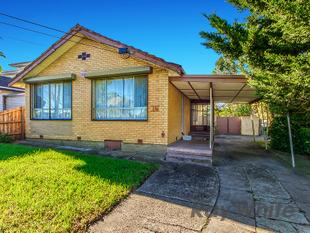 Perfectly Located With Heaps of Potential - Avondale Heights
