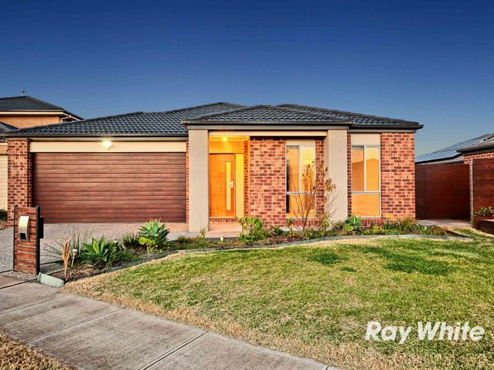 22 Canary Close, Truganina, VIC