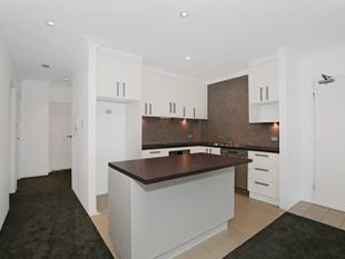 Charming Three Bedroom Apartment - Redfern