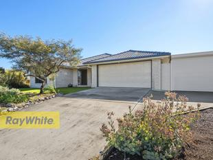 STUNNING NORTH RISE RESIDENCE!! SET ON 805M2!! - Deception Bay