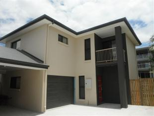 MODERN HOME WITH LARGE BEDROOMS WILL NOT DISAPPOINT! - Clayfield