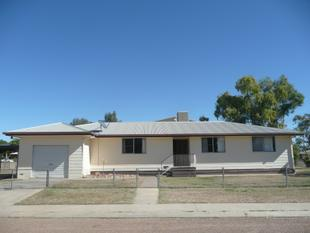North Side Family Home - Longreach