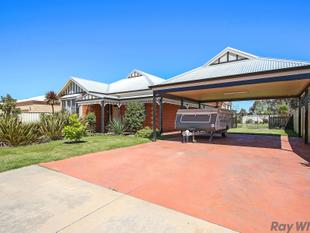 Period Style Home with all the Modern Features! - Benalla