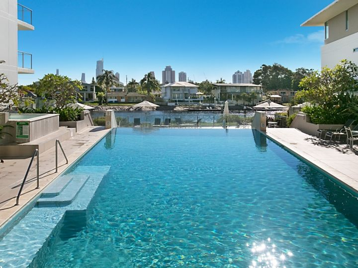 2320 'Freshwater Point' 33 T.E.Peters Drive, Broadbeach Waters, QLD