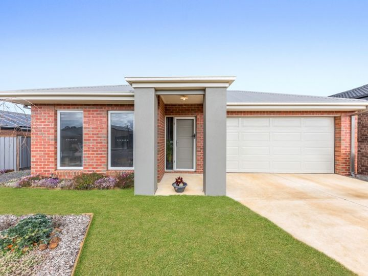 24 Blacker Way, Bannockburn, VIC