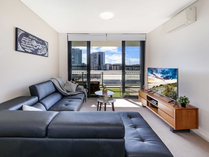 725/26 Baywater Drive, Wentworth Point, NSW