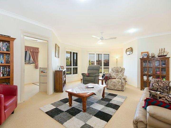 1 Kempnich Place, Yamba, NSW