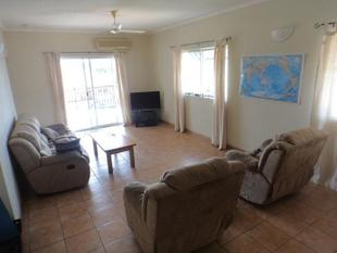 HUGE two bedroom unit on the edge of the city - Darwin City