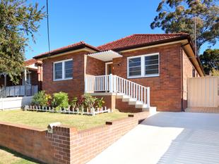Renovated Brick Home on Level Block - Oatley