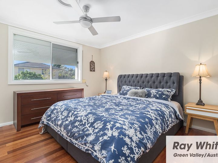 8 Badger Place, Green Valley, NSW
