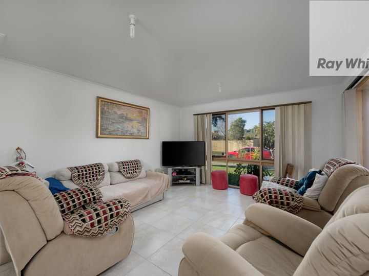 1 Saddlers Court, Epping, VIC