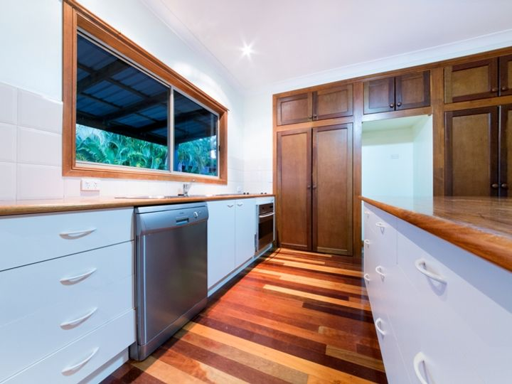 50 Country Road, Cannonvale, QLD