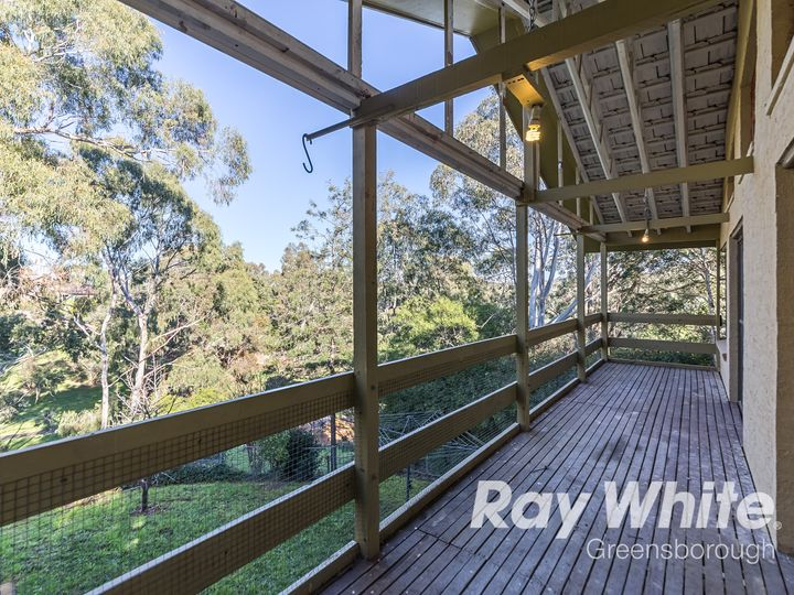 2 Doowi Court, Greensborough, VIC