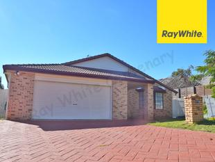 QUALITY FAMILY HOME WITH SOLAR & AIR CON - Sinnamon Park