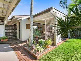 FANTASTIC PROPERTY IN TIGHTLY-HELD NOOSAVILLE POCKET - Noosaville