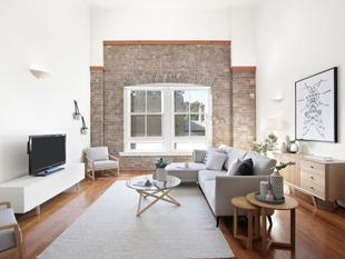 Luxe warehouse conversion with uninterrupted City views - Chippendale