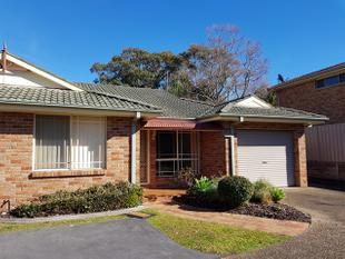 Neat 2 Bedroom Villa in The Village - Shellharbour