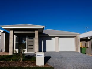 NEW SILKSTONE RESIDENCE PRESENTS THIS BRAND NEW 4 BEDROOM HOME! - Silkstone