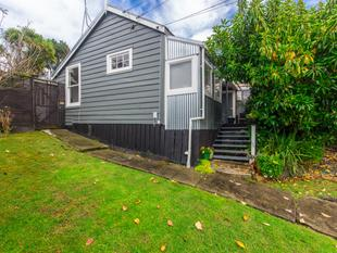 ONLY ON THE MARKET UNTIL AUGUST! - Kingsland