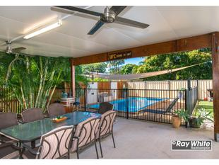 Amazing Tropical Paradise-Fabulous Home/Inground Pool/Huge Entertainment Area-$339,000! - Frenchville