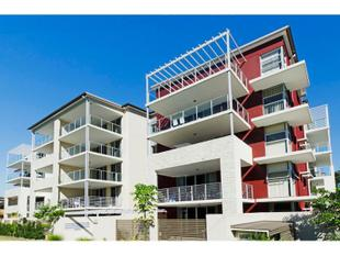 TOP FLOOR UNIT IN CONVENIENT LOCATION! - Nundah
