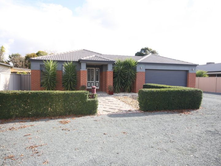 46 Kerford Street, Rochester, VIC