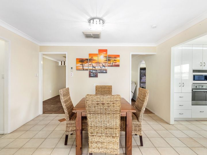 8 Vass Road, Etna Creek, QLD