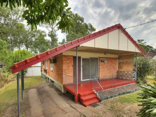 FRESHLY RENOVATED HOME WITH POWERED DOUBLE SHED - Acacia Ridge